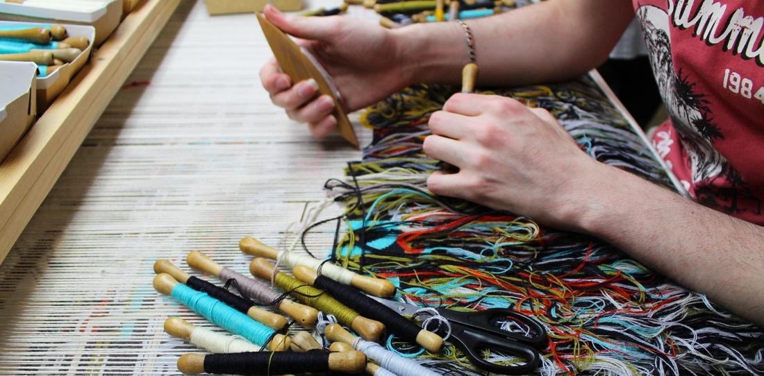 Tapis-Porte : tissage en cours à l'Atelier Catherine Bernet, 2015