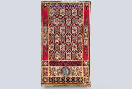 Portière, entre 1815 et 1848, tapisserie de basse-lisse, laine, fil d'or, fil d'argent, prêt, collection du Mobilier national, Paris. Photo : Nicolas Roger.